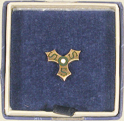 Sheaffer 15 Years of Service Lapel Pin